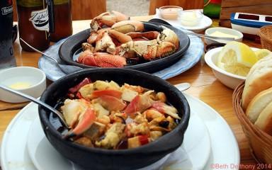 wpid-santiago-tourist-seafood-stew-cazuela-de-mariscos-marina-crab-legs-piernas-cangrejo-jaiba-e1413314573933.jpg